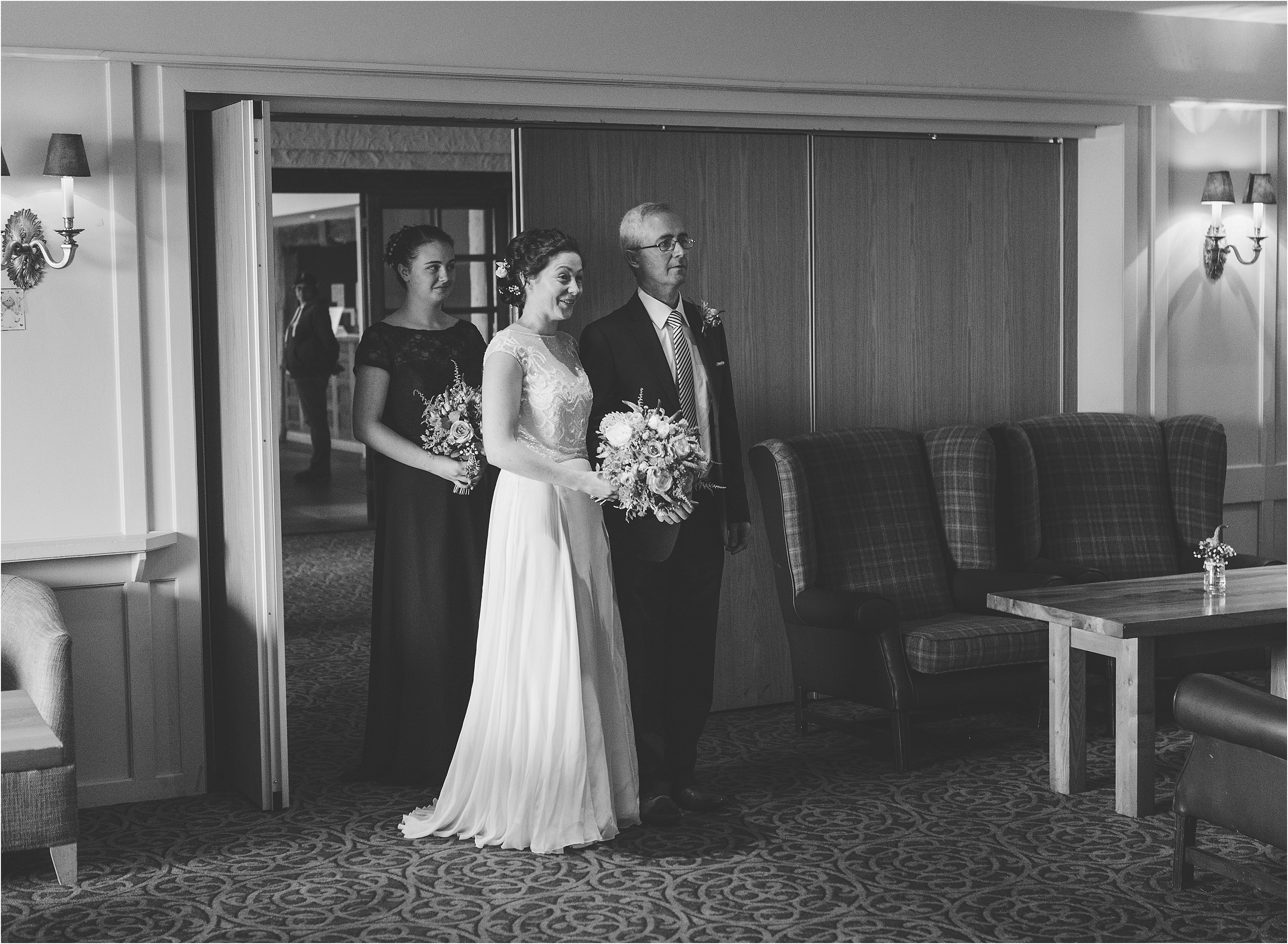 bride and father, father of the bride and daughter