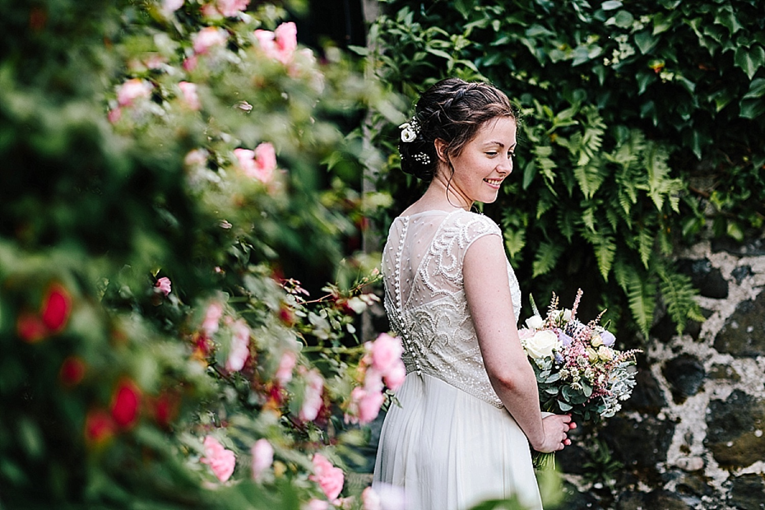 bride portrait, bride among flowers